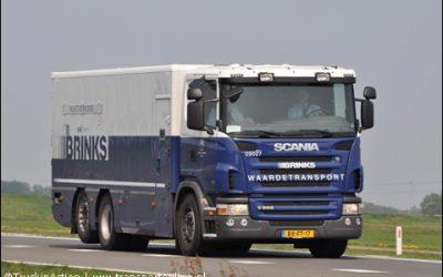 Brinks waardetransport stuurt tweede auto naar Poznan